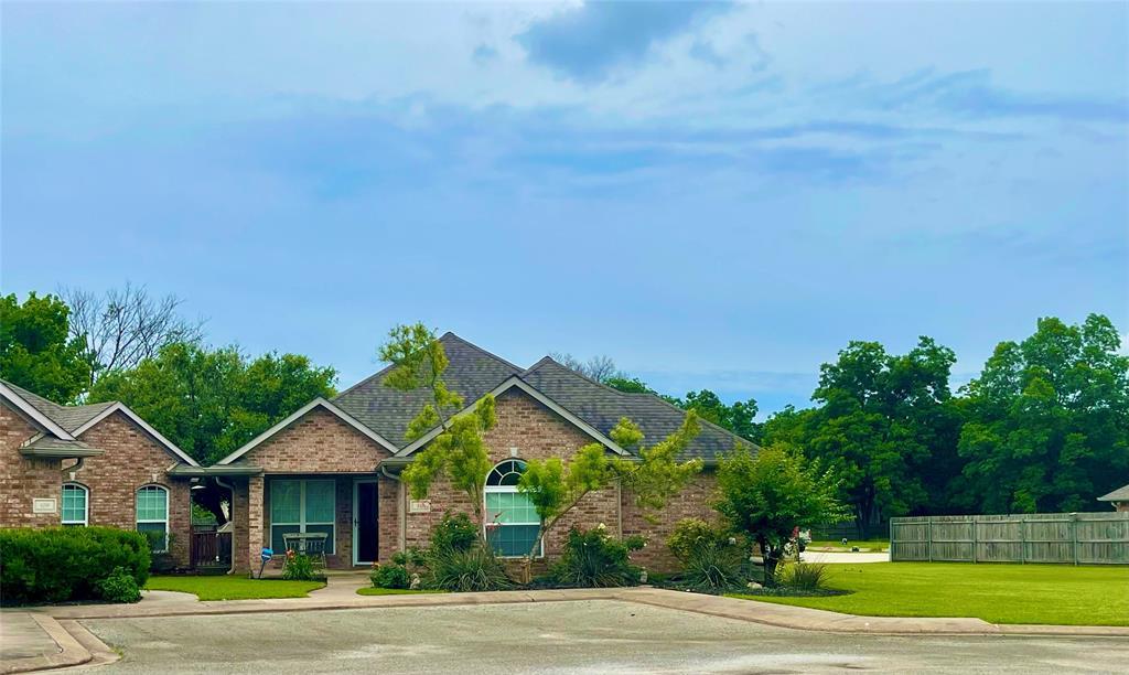 110 Friendswood  Circle, Fairfield, Texas 75840 - Acquisto Real Estate best frisco realtor Amy Gasperini 1031 exchange expert