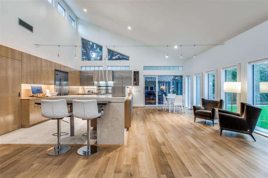 4322 Williamsburg  Road, Dallas, Texas 75220 - acquisto real estate best real estate company to work for