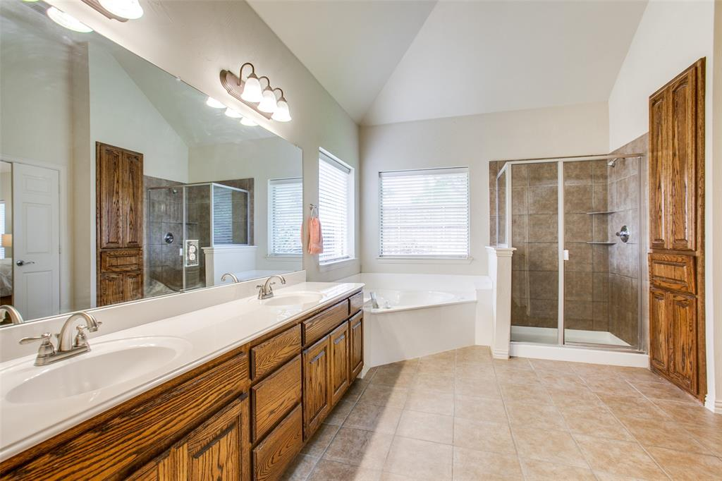 325 Greenfield  Drive, Murphy, Texas 75094 - acquisto real estate best photos for luxury listings amy gasperini quick sale real estate