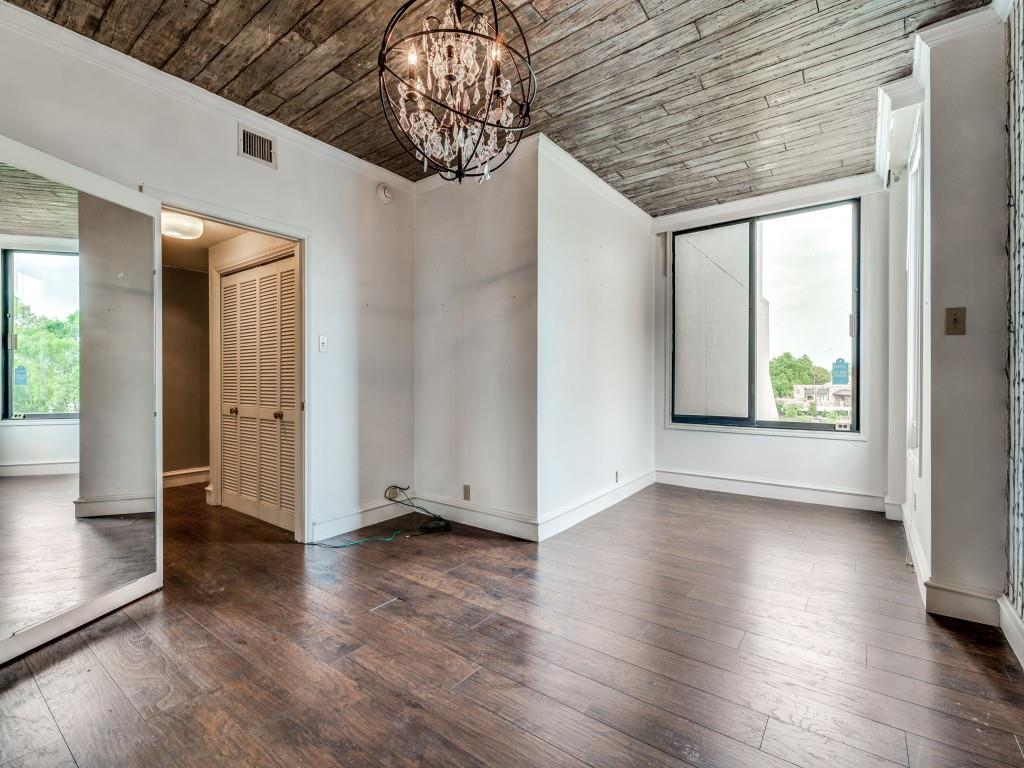 2100 Reflection Bay  Drive, Arlington, Texas 76013 - acquisto real estate best realtor dallas texas linda miller agent for cultural buyers