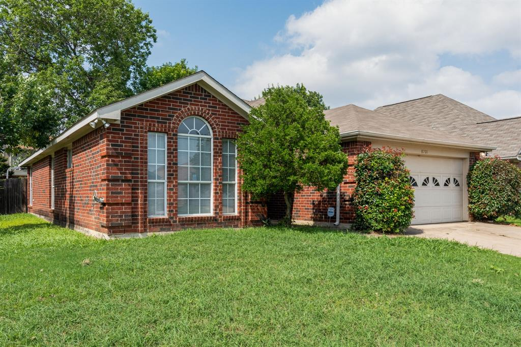 8701 Mystic  Trail, Fort Worth, Texas 76118 - Acquisto Real Estate best mckinney realtor hannah ewing stonebridge ranch expert