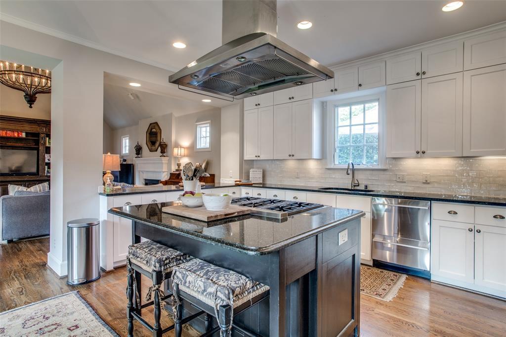 5746 Llano  Avenue, Dallas, Texas 75206 - acquisto real estate best celina realtor logan lawrence best dressed realtor