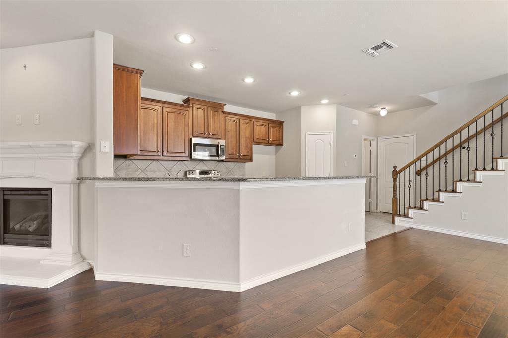4293 Kiowa  Drive, Carrollton, Texas 75010 - acquisto real estate best listing listing agent in texas shana acquisto rich person realtor