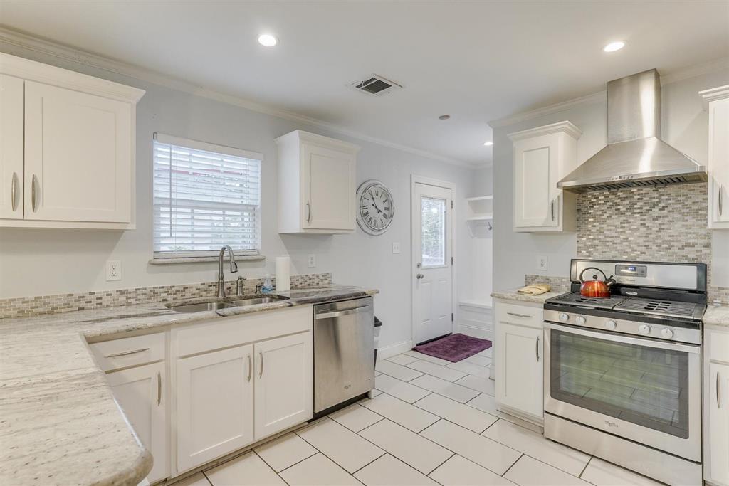 2423 Wentworth  Street, Dallas, Texas 75211 - acquisto real estate best luxury buyers agent in texas shana acquisto inheritance realtor