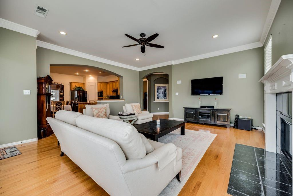 3341 Kendall  Lane, Irving, Texas 75062 - acquisto real estate best the colony realtor linda miller the bridges real estate