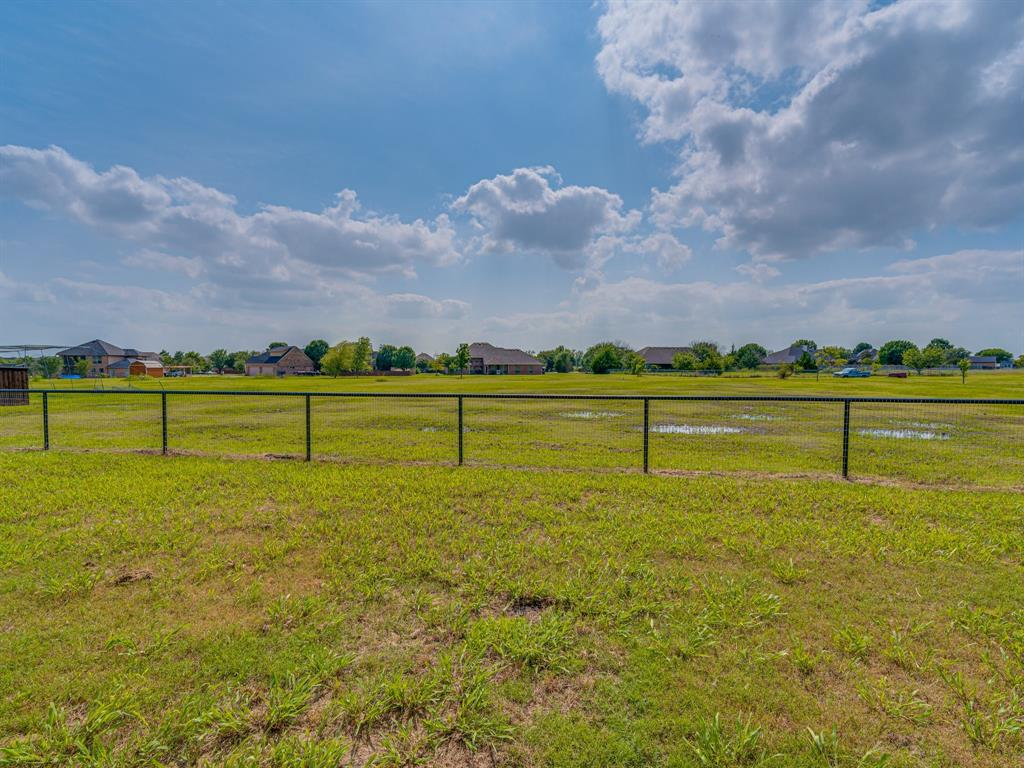825 Broadhead  Road, Waxahachie, Texas 75165 - acquisto real estate best real estate follow up system katy mcgillen