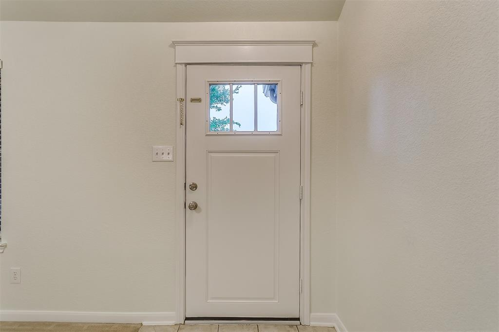 2661 Calmwater  Drive, Little Elm, Texas 75068 - acquisto real estate best celina realtor logan lawrence best dressed realtor