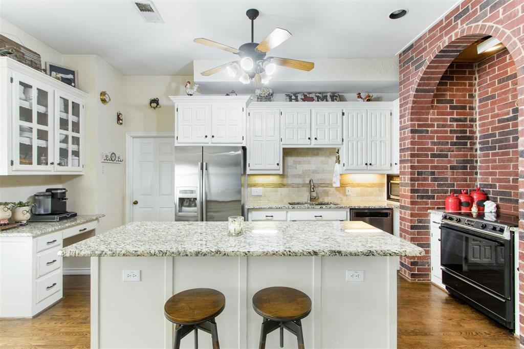 7134 Hunt  Lane, Rockwall, Texas 75087 - acquisto real estate best celina realtor logan lawrence best dressed realtor