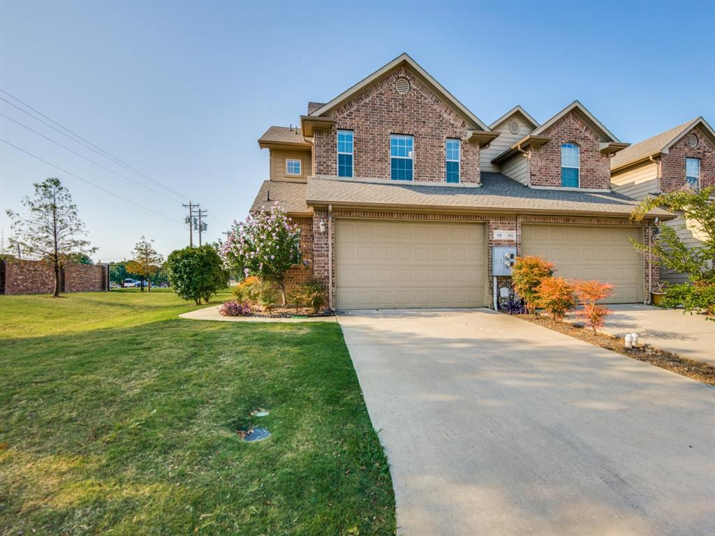 110 Barrington  Lane, Lewisville, Texas 75067 - Acquisto Real Estate best plano realtor mike Shepherd home owners association expert