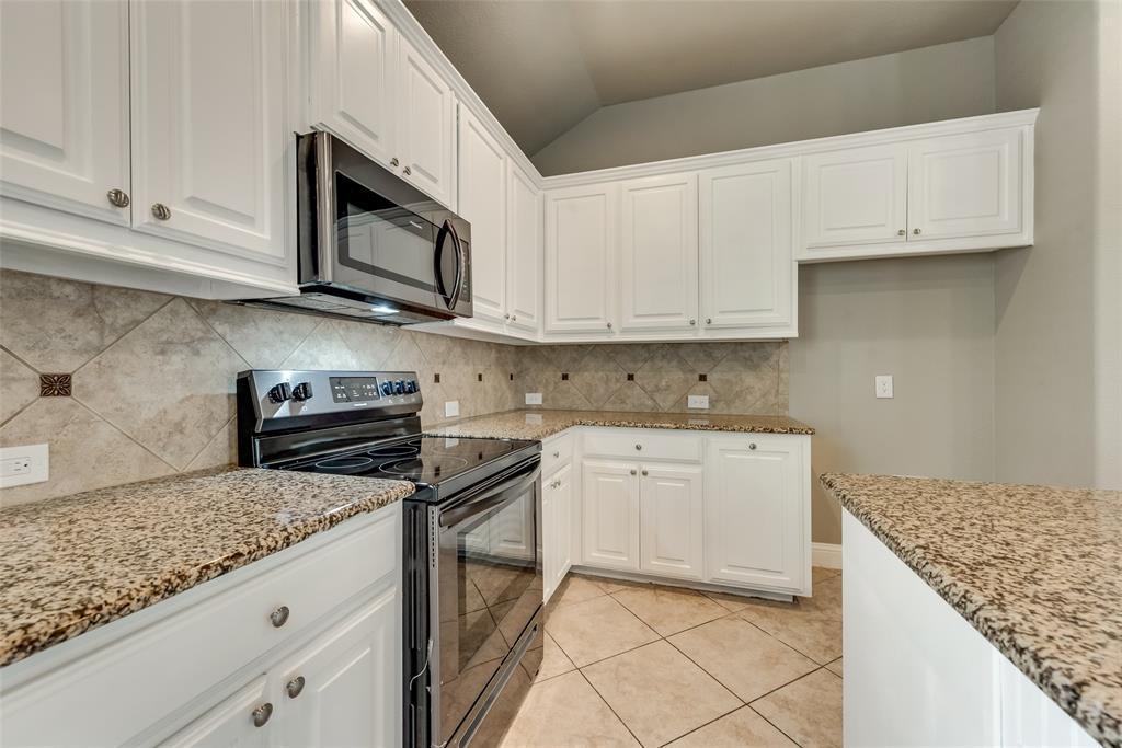 1228 King George  Lane, Savannah, Texas 76227 - acquisto real estate best highland park realtor amy gasperini fast real estate service