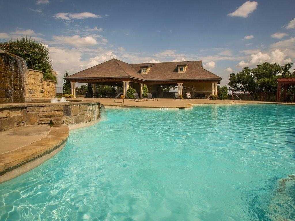 8561 Dornoch  Street, Cleburne, Texas 76033 - acquisto real estate best flower mound realtor jody daley lake highalands agent of the year