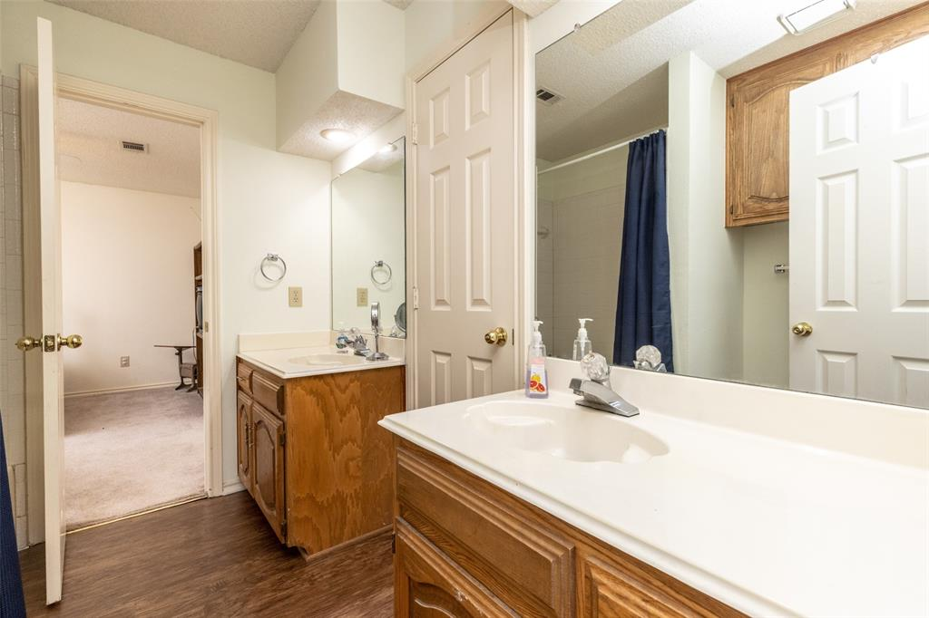 3104 Willow Creek  Way, Bedford, Texas 76021 - acquisto real estate smartest realtor in america shana acquisto