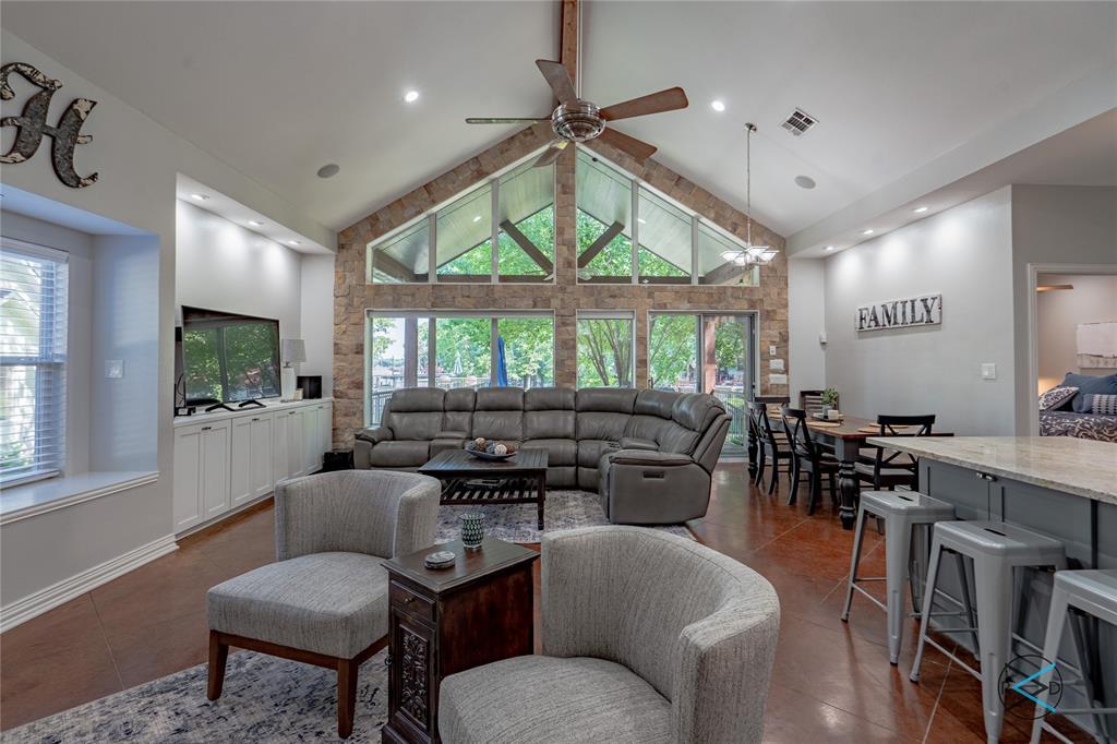 124 Robin Hood  Way, Gun Barrel City, Texas 75156 - Acquisto Real Estate best plano realtor mike Shepherd home owners association expert