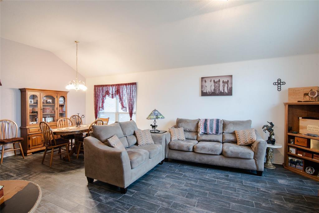 1019 Maria  Drive, Grand Prairie, Texas 75052 - acquisto real estate best celina realtor logan lawrence best dressed realtor