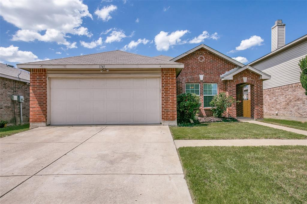 1745 Diamond Lake  Trail, Fort Worth, Texas 76247 - Acquisto Real Estate best plano realtor mike Shepherd home owners association expert