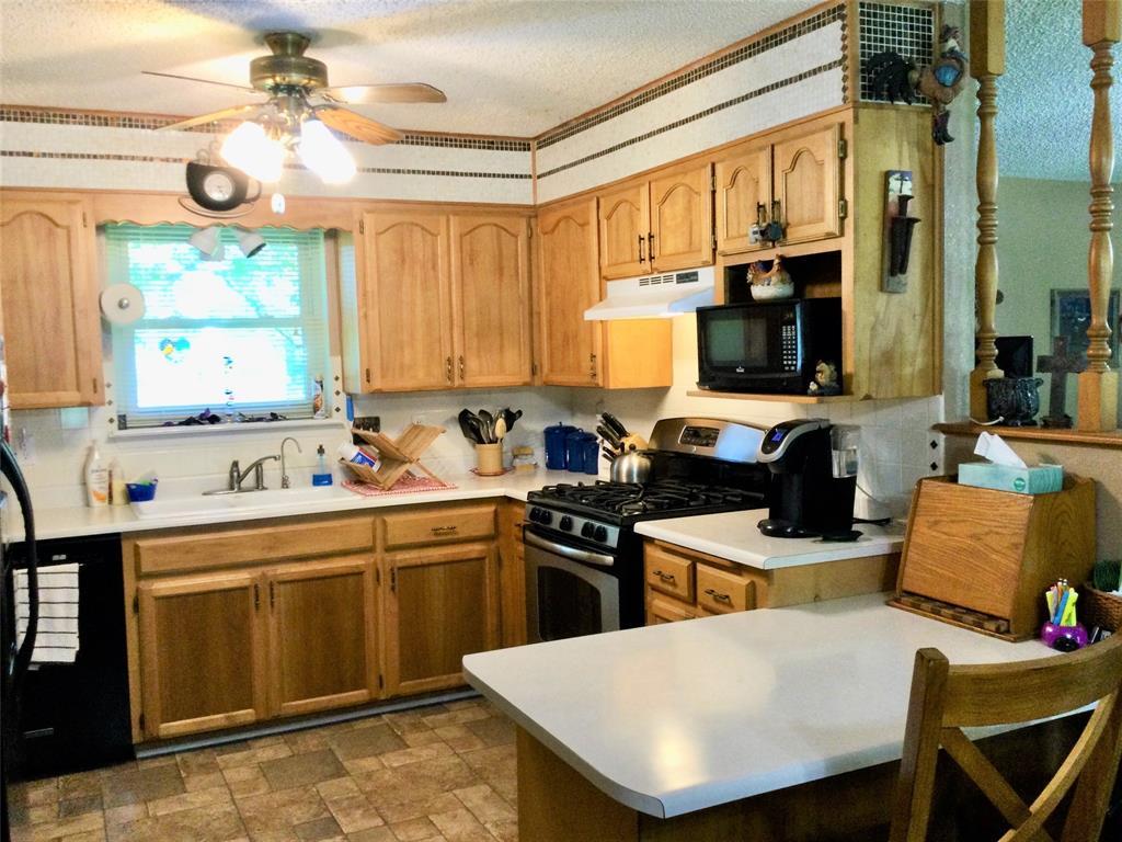 532 Ridgeway  Street, Clyde, Texas 79510 - acquisto real estate best celina realtor logan lawrence best dressed realtor