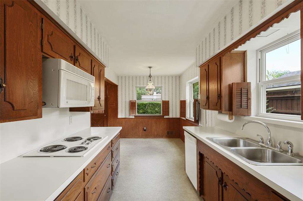 9525 Brentgate  Drive, Dallas, Texas 75238 - acquisto real estate smartest realtor in america shana acquisto