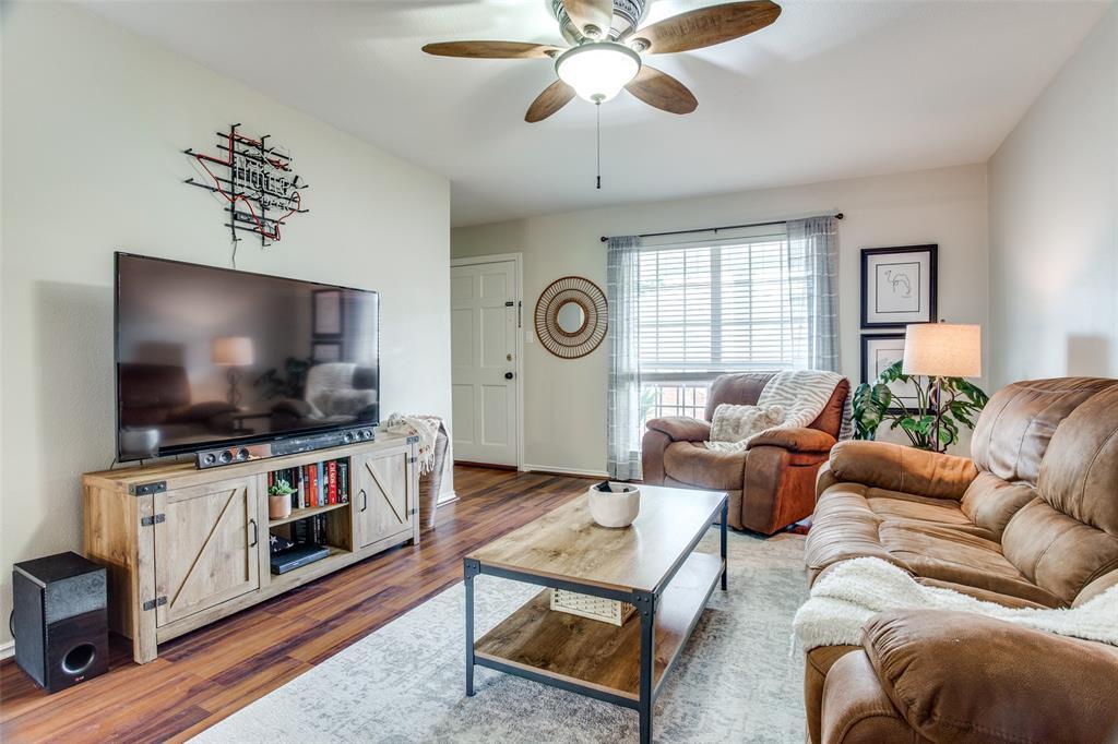 968 Roaring Springs  Road, Fort Worth, Texas 76114 - acquisto real estate best prosper realtor susan cancemi windfarms realtor