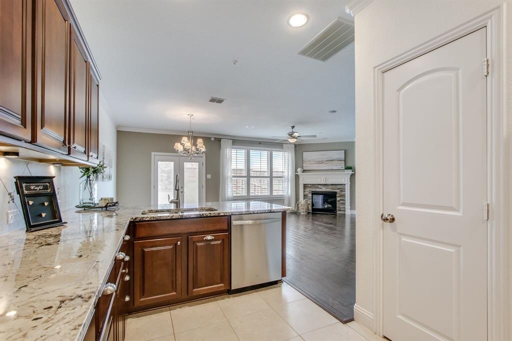385 Busher  Drive, Lewisville, Texas 75067 - acquisto real estate best new home sales realtor linda miller executor real estate