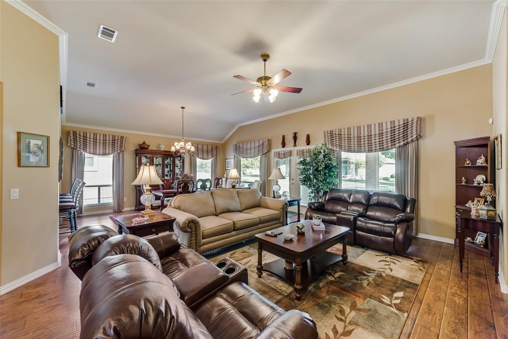8917 Crestview  Drive, Denton, Texas 76207 - acquisto real estate best highland park realtor amy gasperini fast real estate service