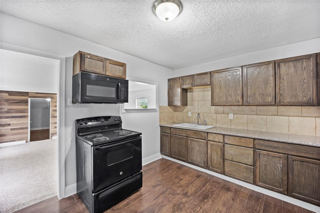 3138 Ramsey  Avenue, Dallas, Texas 75216 - acquisto real estate best flower mound realtor jody daley lake highalands agent of the year