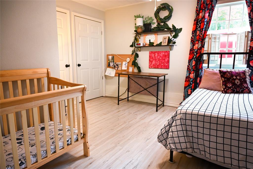 136 Umphress  Street, Van Alstyne, Texas 75495 - acquisto real estate best investor home specialist mike shepherd relocation expert