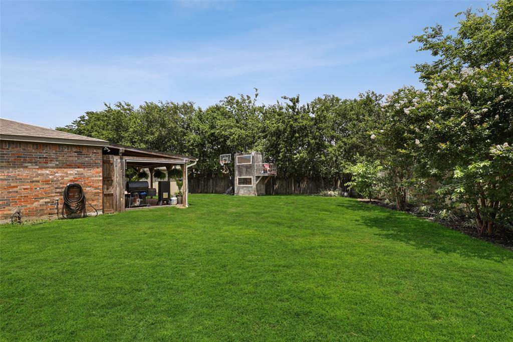 2436 Eagle Mountain  Drive, Little Elm, Texas 75068 - acquisto real estate best photo company frisco 3d listings