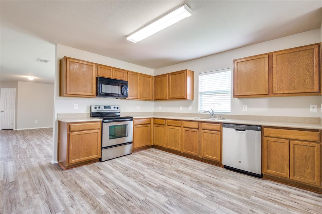 1715 Shawnee  Trail, Allen, Texas 75002 - acquisto real estate best real estate company in frisco texas real estate showings