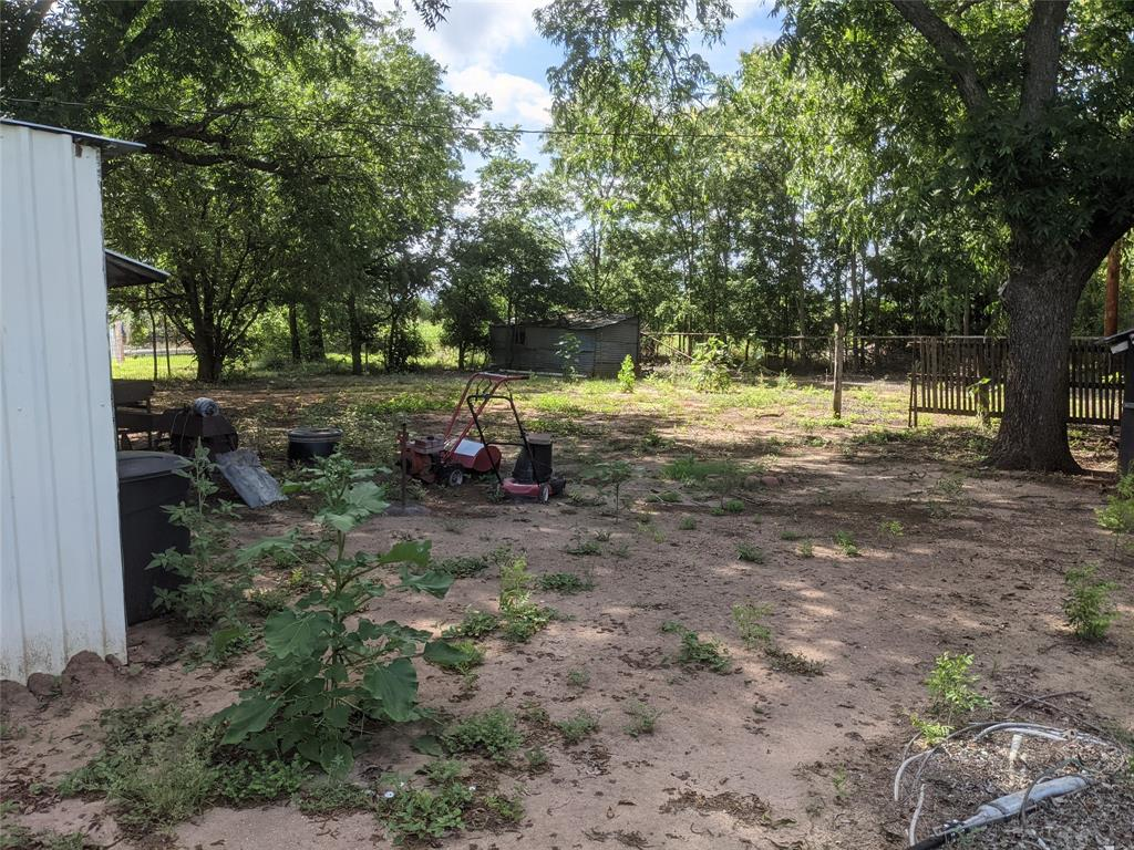 525 Avenue A  Lawn, Texas 79530 - acquisto real estate best luxury buyers agent in texas shana acquisto inheritance realtor