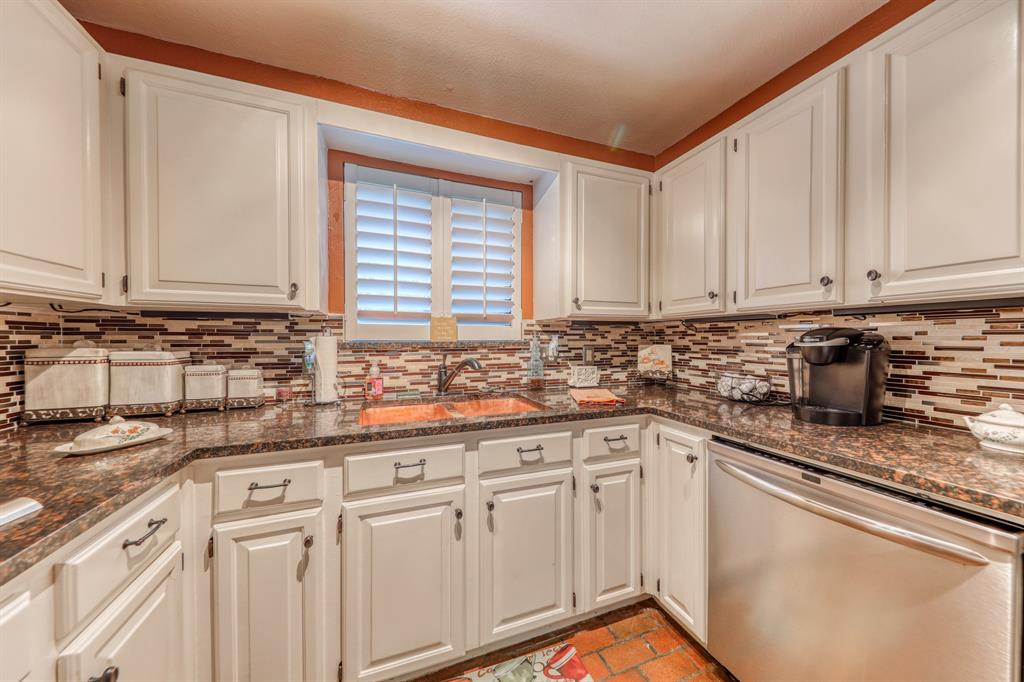 807 Hilltop  Drive, Weatherford, Texas 76086 - acquisto real estate best listing agent in the nation shana acquisto estate realtor