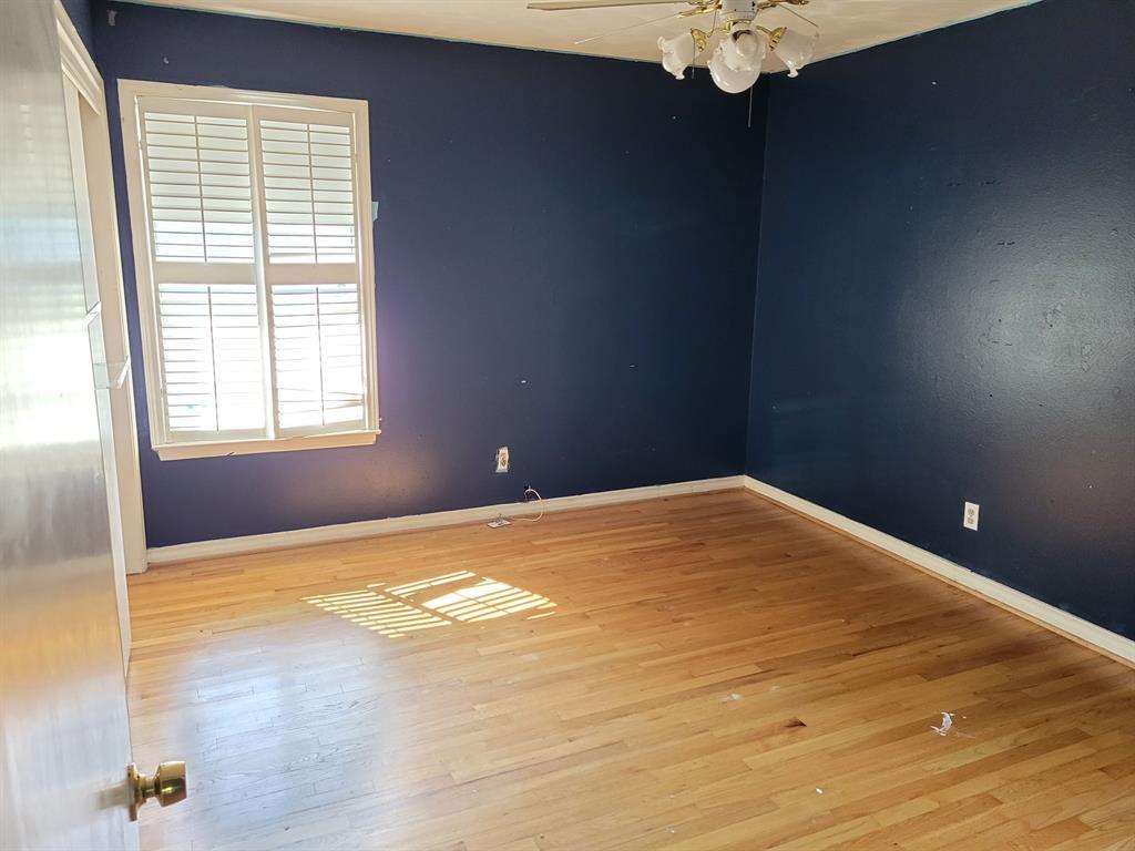 9030 Westbriar  Drive, Dallas, Texas 75228 - acquisto real estate best highland park realtor amy gasperini fast real estate service