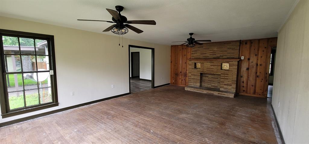 401 Pine  Street, Edgewood, Texas 75117 - acquisto real estate best prosper realtor susan cancemi windfarms realtor