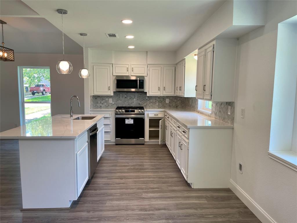 710 Horne  Street, Duncanville, Texas 75116 - acquisto real estate best luxury buyers agent in texas shana acquisto inheritance realtor