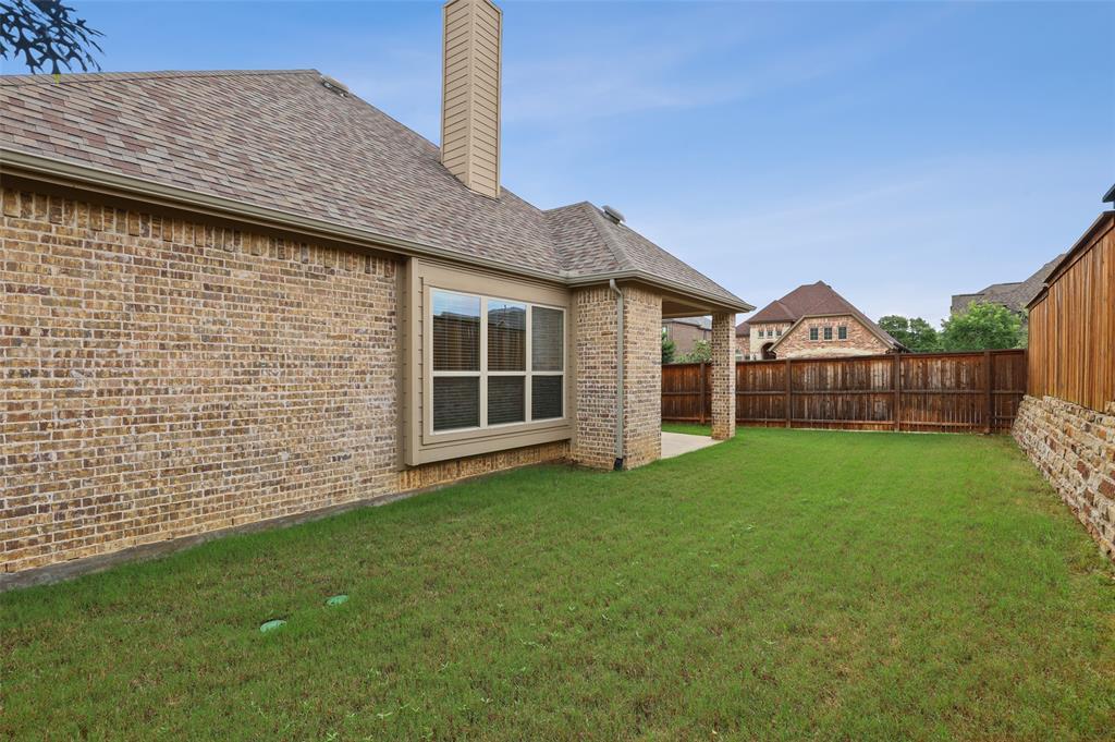1624 Golf Club  Drive, Lantana, Texas 76226 - acquisto real estate best relocation company in america katy mcgillen
