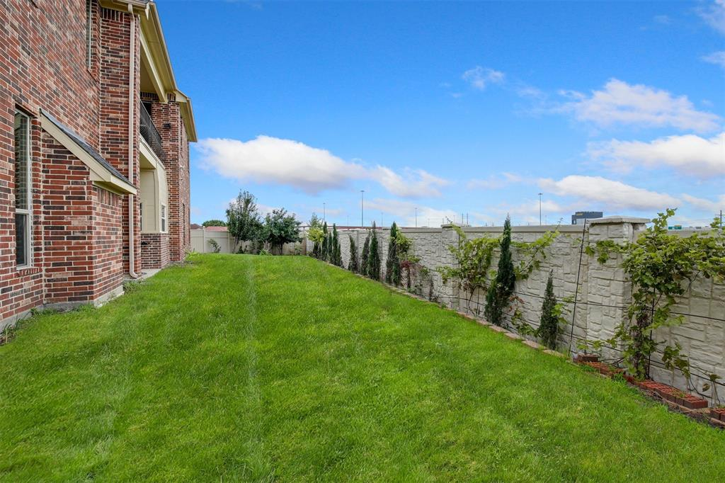 4714 Alcazar  Court, Irving, Texas 75062 - acquisto real estate best looking realtor in america shana acquisto