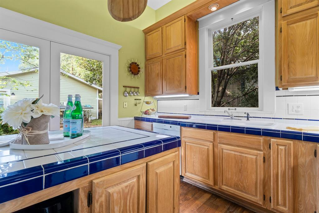 5511 Victor  Street, Dallas, Texas 75214 - acquisto real estate best designer and realtor hannah ewing kind realtor