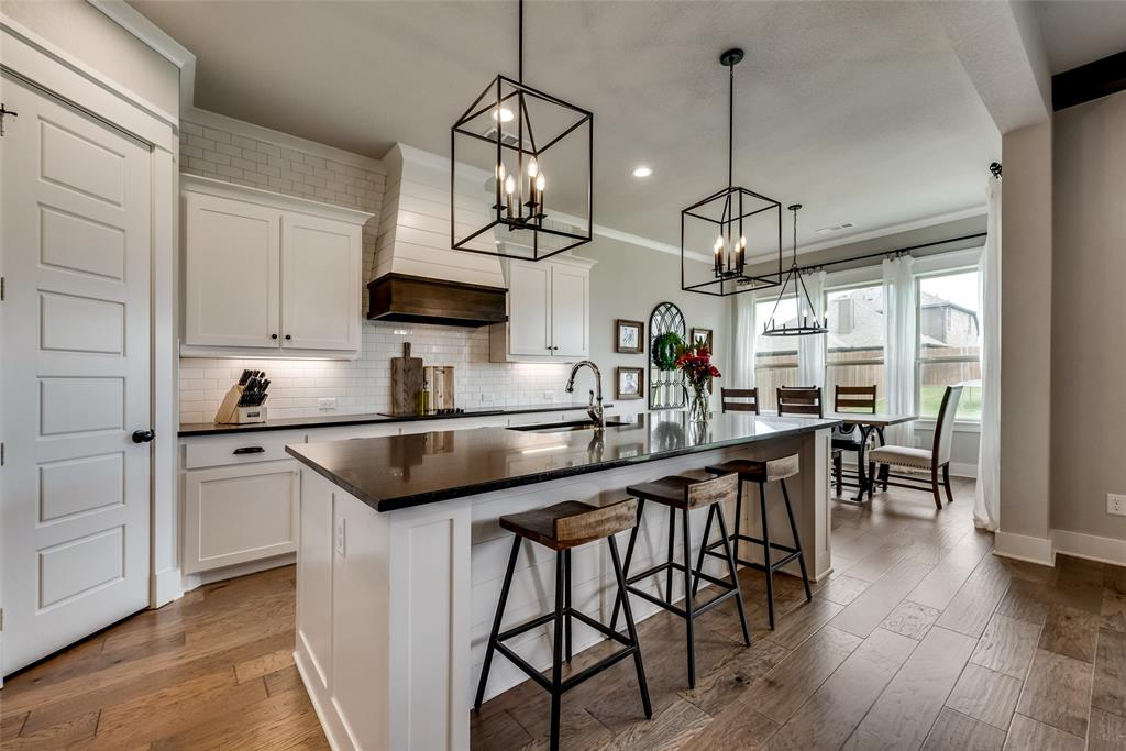 629 Rustic  Trail, Midlothian, Texas 76065 - acquisto real estate best new home sales realtor linda miller executor real estate
