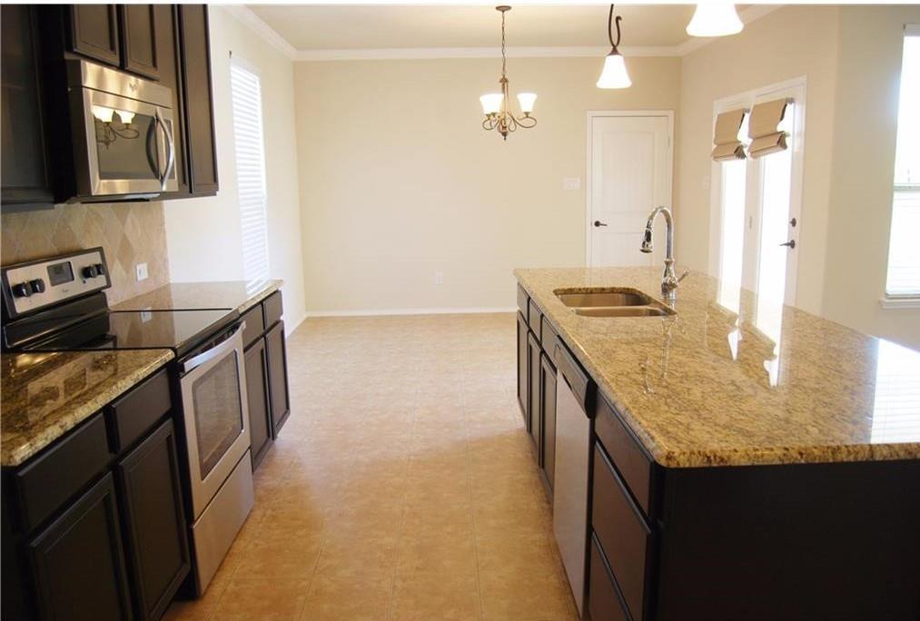 920 Caudle  Lane, Savannah, Texas 76227 - acquisto real estate best highland park realtor amy gasperini fast real estate service