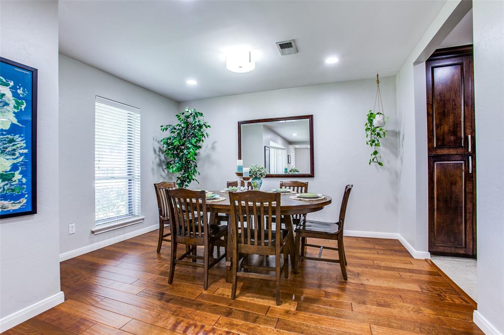 315 Woodcrest  Drive, Richardson, Texas 75080 - acquisto real estate best listing agent in the nation shana acquisto estate realtor