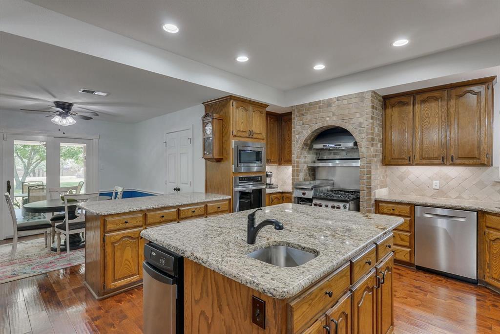 653 Bancroft  Road, Keller, Texas 76248 - acquisto real estate best listing agent in the nation shana acquisto estate realtor