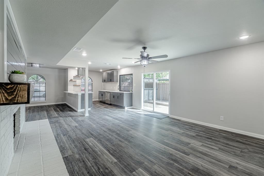 6221 Glenmoor  Drive, Garland, Texas 75043 - acquisto real estate best investor home specialist mike shepherd relocation expert