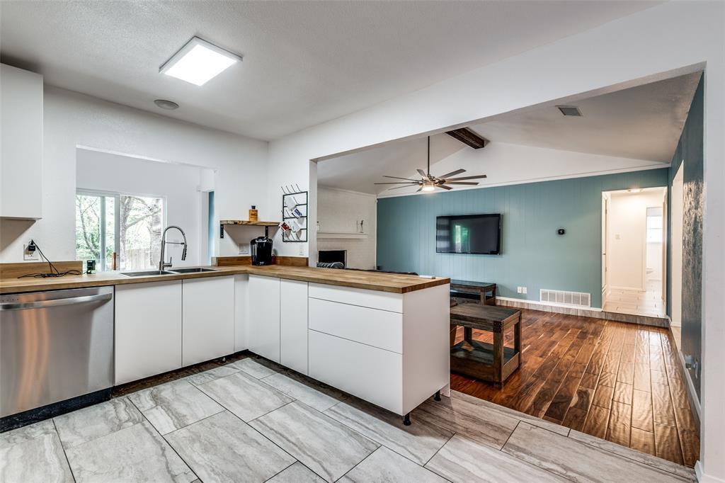 2703 Colleen  Drive, Arlington, Texas 76016 - acquisto real estate best prosper realtor susan cancemi windfarms realtor