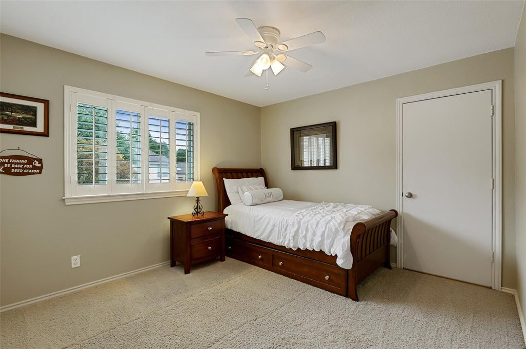 136 Glendale  Drive, Coppell, Texas 75019 - acquisto real estate best park cities realtor kim miller best staging agent