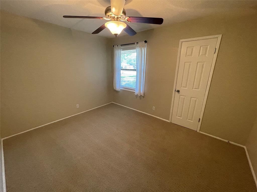814 Melrose  Drive, Richardson, Texas 75080 - acquisto real estate best new home sales realtor linda miller executor real estate