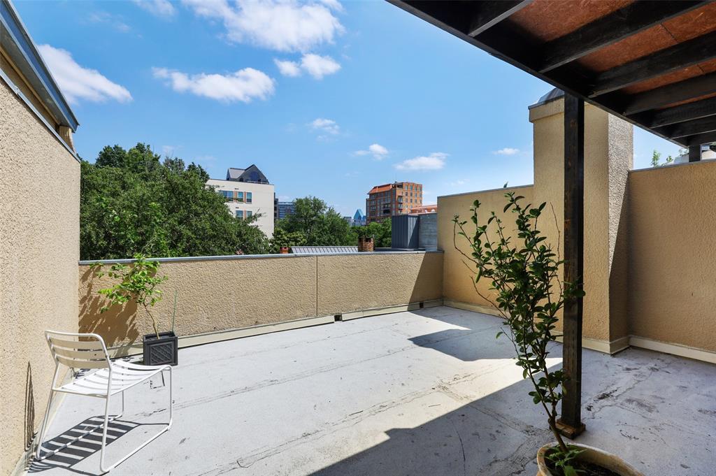 3509 Dickason  Avenue, Dallas, Texas 75219 - acquisto real estate best realtor foreclosure real estate mike shepeherd walnut grove realtor