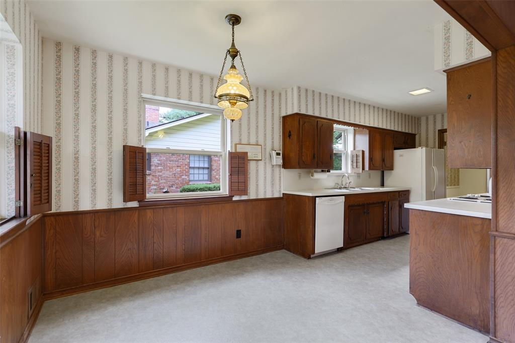 9525 Brentgate  Drive, Dallas, Texas 75238 - acquisto real estate best listing agent in the nation shana acquisto estate realtor
