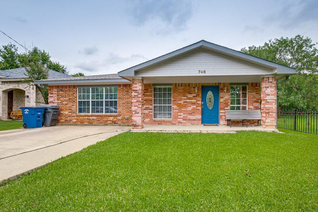 746 Elsberry  Avenue, Dallas, Texas 75217 - acquisto real estate best frisco real estate agent amy gasperini panther creek realtor