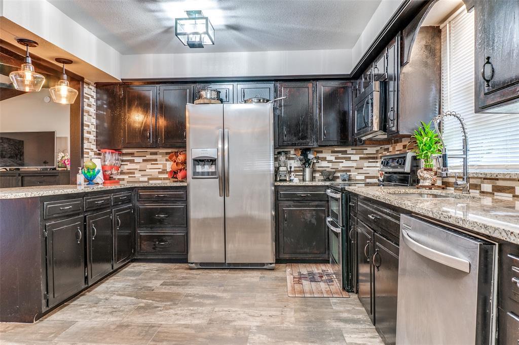 115 Allen  Street, Kaufman, Texas 75142 - acquisto real estate best listing agent in the nation shana acquisto estate realtor