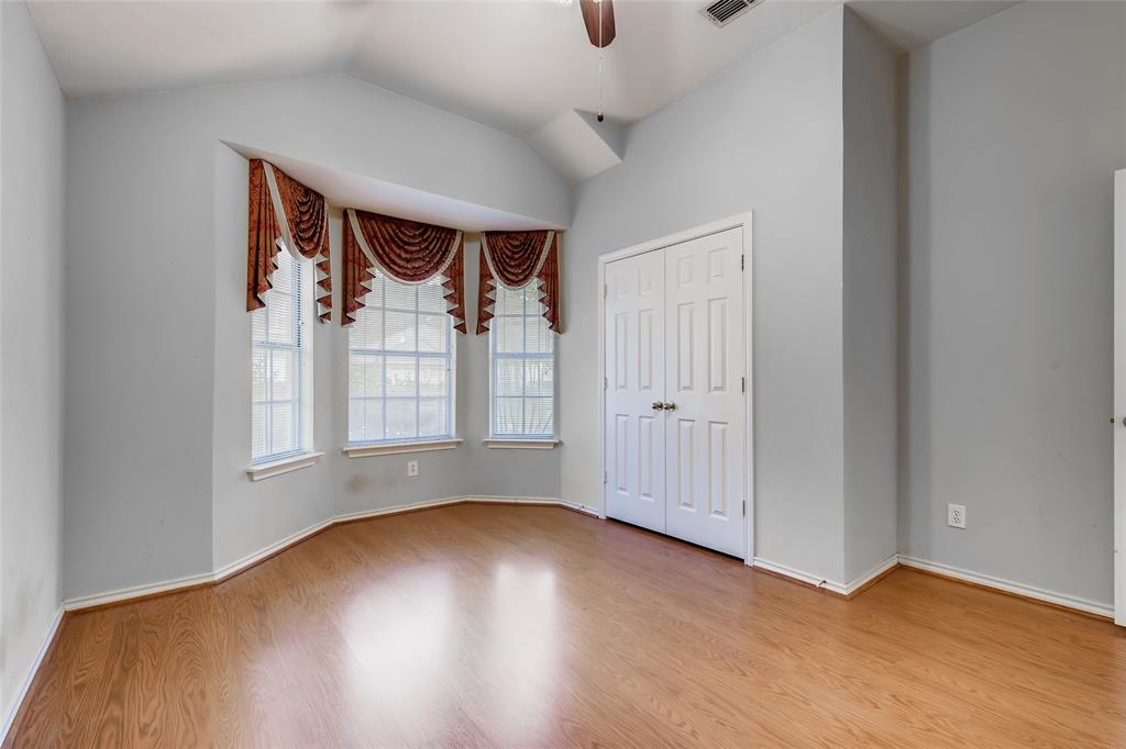 1513 Pacific  Place, Fort Worth, Texas 76112 - acquisto real estate best realtor dallas texas linda miller agent for cultural buyers