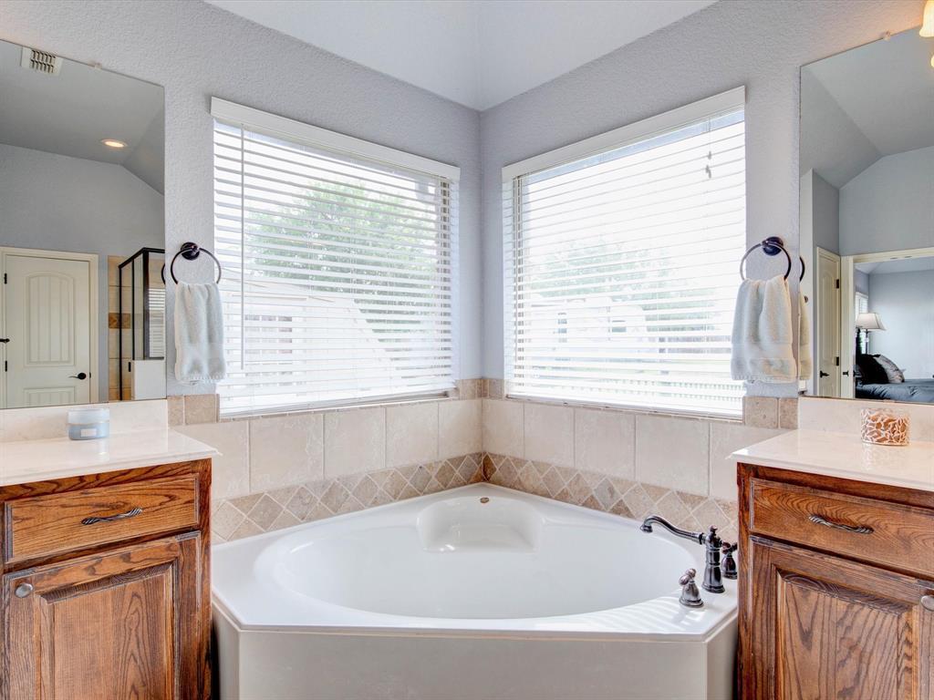 104 Tealwood  Lane, Aledo, Texas 76008 - acquisto real estate best photo company frisco 3d listings